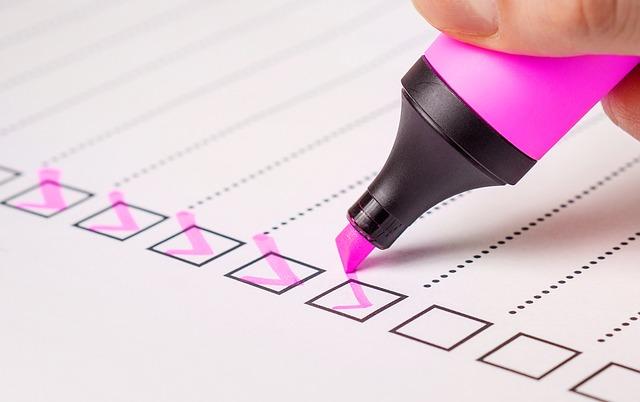 5 способов: чем оттереть фломастер с обоев