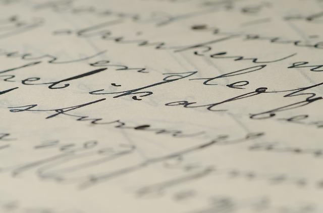 Чем и как оттереть ручку с обоев: моющихся, бумажных, виниловых, флизелиновых