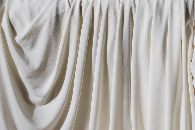 Как стирать шторы: сухая чистка, в машинке, вручную, химчистка