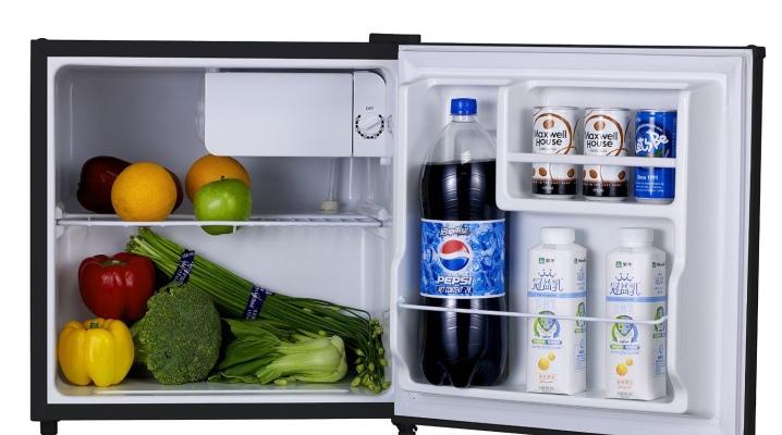 Как и чем мыть холодильник: внутри, снаружи, после разморозки