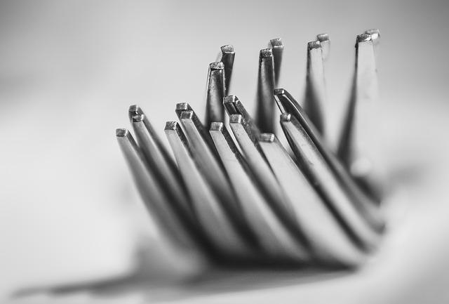 Как почистить ложки и вилки, чтобы блестели, чистка от загрязнений