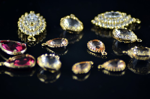 7 методов: Как чистить золото в домашних условиях, чем почистить золото