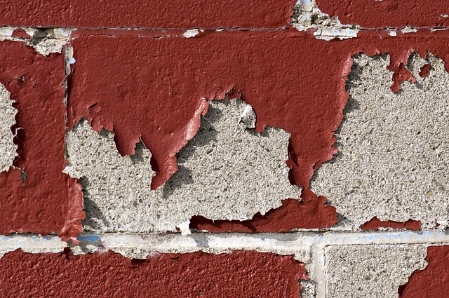 10 методов: Как снять краску со стен, как убрать со стен краску