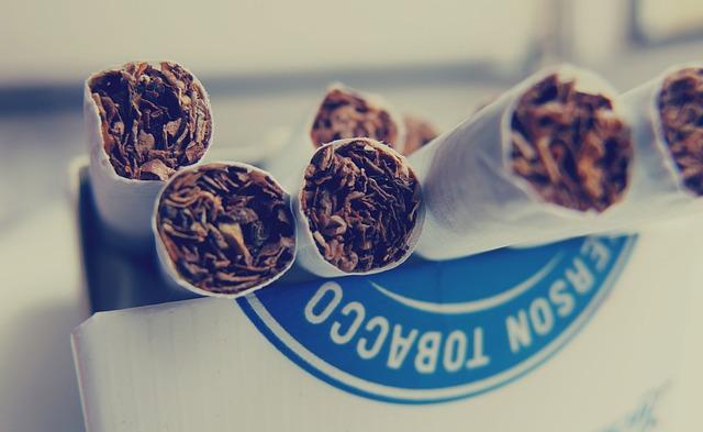 12 лучших методов: как убрать запах табака в квартире