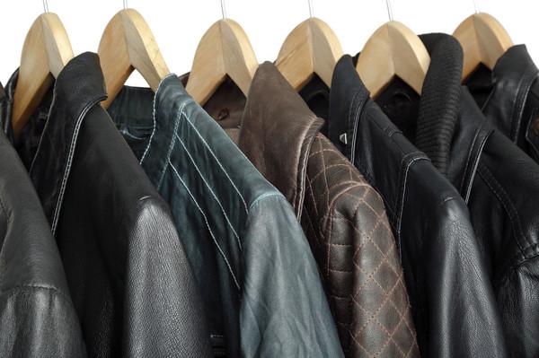 Уход за кожаной курткой, как постирать кожаную куртку