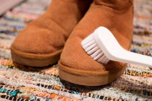 Можно ли стирать угги, как чистить угги от соли, масляных пятен и прочих загрязнений