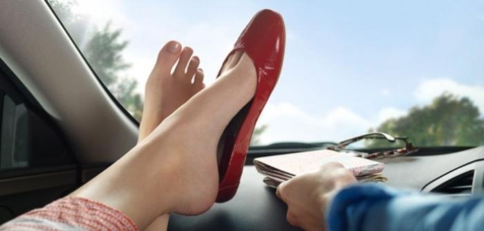 Устранить запах в обуви: как избавиться от неприятного запаха в обуви